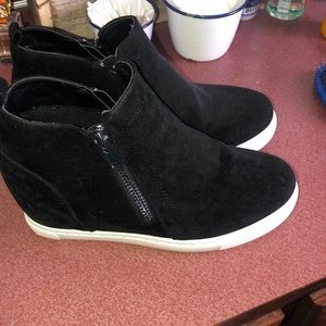 Shoes - women's size 9!!! So cute!!
